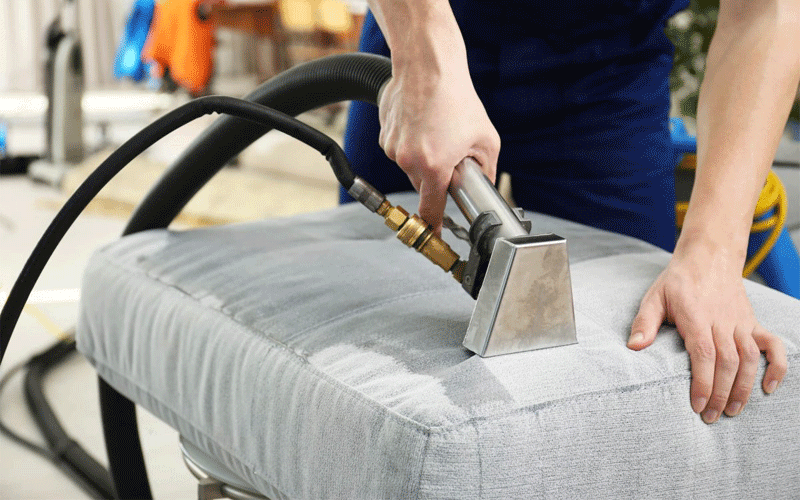How Does Steam Cleaning Upholstery Work?